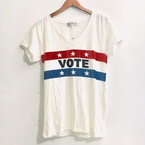 • wildfox VOTE v-neck tee •
